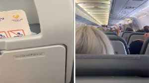 "TOUCHING MOMENT CABIN CREW ON ONE OF FINAL THOMAS COOK FLIGHTS SAY THE COMPANY WILL BE ""GONE BUT NEVER FORGOTTEN"" [Video]"