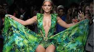 Jennifer Lopez, Shakira Performing At The Superbowl [Video]