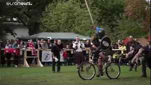 Knights mount bikes for jousting contest in Berlin [Video]