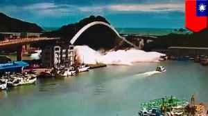 Yilan bridge collapsesin northeast Taiwan [Video]
