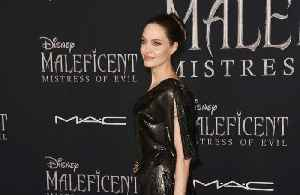 Angelina Jolie to reunite with son Maddox in Japan [Video]