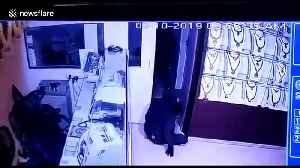 Men in animal masks steal $2m dollars of jewellery in south Indian heist [Video]