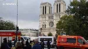 Emergency services at the scene of Paris knife attack that left four officers dead [Video]