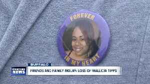 Friends and Family mourn the loss of Mallicia Tipps [Video]