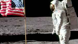 Buzz Aldrin's Face Revealed for the First Time in Iconic Apollo 11 Picture [Video]