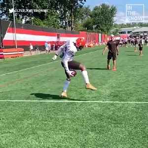 You won't believe this catch Odell Beckham Jr. made during practice [Video]