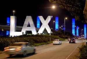 LAX to End Curbside Service for Uber, Lyft and Taxis This Month [Video]