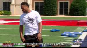 Jennings athletic skills helped him win dance show [Video]