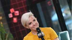 Hannah Hart: From 'My Drunk Kitchen' To Hosting TV [Video]