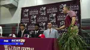 East Central makes National Signing Day history [Video]