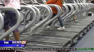 Seniors getting into shape for the New Year [Video]