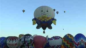 News video: Hot air balloons float in New Mexico skies at annual fiesta