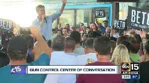 Beto O'Rourke brings Presidential campaign to Arizona [Video]