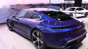 The new Porsche Taycan Turbo presented at the 2019 IAA [Video]