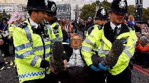 News video: Extinction Rebellion: Dozens of arrests at London and Amsterdam protests