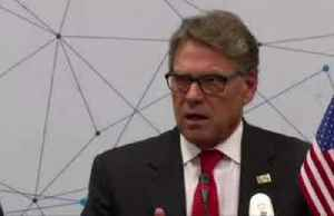 U.S. Energy Secretary Perry denies pressing Ukraine to hire officials [Video]