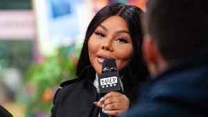 News video: Lil' Kim Wants Her Single,