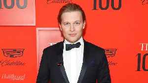 News video: 3 Shocking Revelations From Ronan Farrow's Book 'Catch and Kill' | THR News