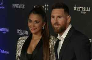 Messi stars at Cirque du Soleil premier [Video]