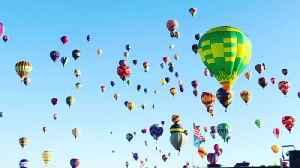 Hot Air Balloons All Across the Horizon [Video]