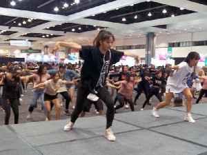 How to Dance Like a K-Pop Star [Video]