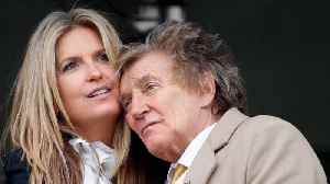 Rod Stewart feared secondary cancer diagnosis [Video]