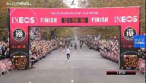 Watch: Kenyan Eliud Kipchoge becomes the first person to run unofficial, sub-two-hour marathon [Video]