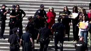 Jane Fonda arrested at U.S. Capitol climate change protest [Video]