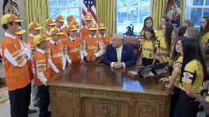 Little league championship team meets Trump [Video]