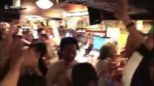 Pub in Osaka goes wild as Japan beat Scotland to claim place in quarter-finals [Video]