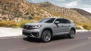 2020 Volkswagen Atlas Cross Sport Driving Video [Video]