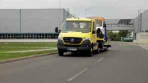 "Mercedes-Benz Sprinter, chassis (crew cab) Sprinter vehicle transporter ""Aluliner"" [Video]"
