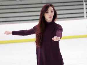 Skating Lessons with Olympic Champ Meryl Davis [Video]