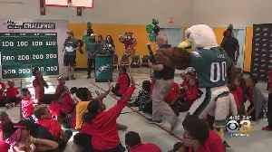 Philadelphia Eagles Swoop In To Deliver Good News To Some School Children [Video]