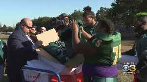 Eagles Players Help Thomas Edison High School's Football Team Take Their Season To Next Level [Video]