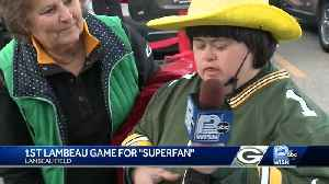 Packers Superfan attends first-ever game at Lambeau Field [Video]