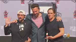 Eye On Entertainment: Kevin Smith, Jason Mewes Cement Hollywood Status At The TCL Chinese Theater [Video]