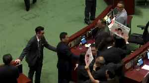 HK policy address halted after heckling [Video]