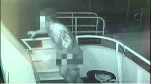 VIDEO: Naked crook targets Delray Beach yachts, steals American flag [Video]
