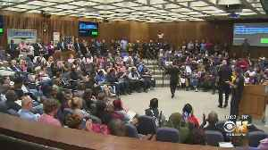 News video: Tense, Packed Fort Worth City Council Meeting Following Deadly Police Shooting Of Innocent Woman
