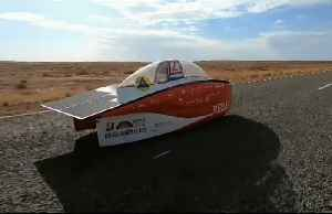 Wild winds wreak havoc for World Solar Challenge in Australia