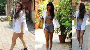 OMG Malaika Arora Fashion Disaster GYM LOOK at Diva Yoga Bandra [Video]