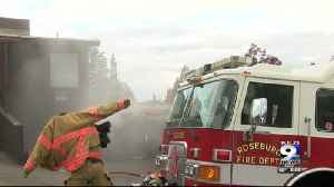 Fire departments hold trainning simulations [Video]