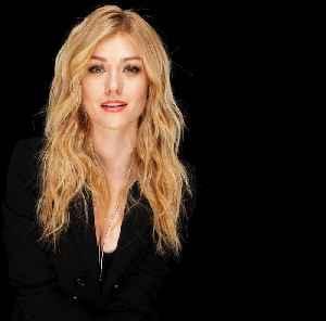 Katherine McNamara Dives Into The Final Season Of The Hit CW Show, 'Arrow' [Video]