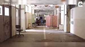 ADVENTURERS VISIT CREEPY DISUSED HOSPITAL ON SEMI-ABANDONED ISLAND [Video]