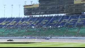 Practice for Sunday's Hollywood Casino 400 draws race fans [Video]