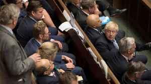 UK MPs back Brexit extension amendment [Video]