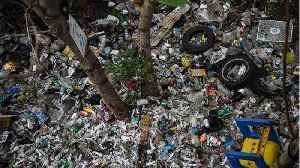 America's Biggest Garbage Company Stops Dumping Trash Overseas [Video]