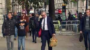 Michael Gove arrives at Cabinet Office on a Sunday [Video]