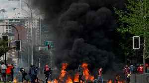 Riots in Chile leave at least seven dead as government extends state of emergency [Video]